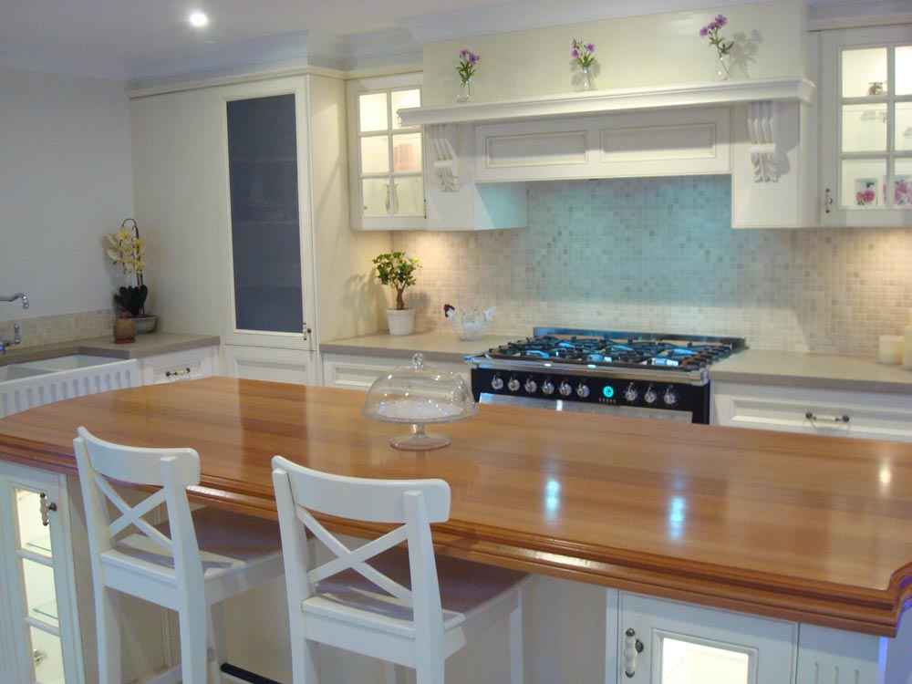 Hand Painted Traditional Kitchen 02 14