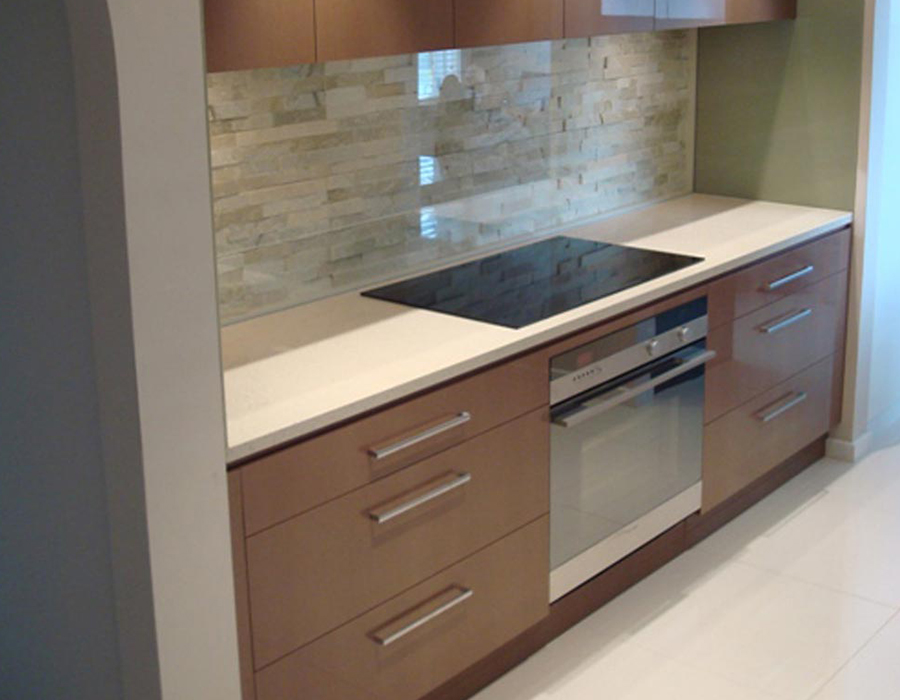 Brown melamine kitchen feature07